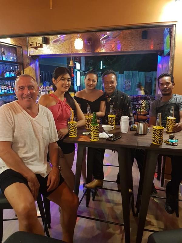 Bar-restaurant-Life-Time-Phuket-6