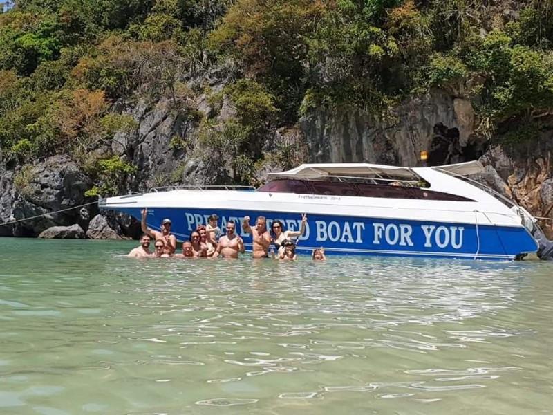 Private-Speedboat-1
